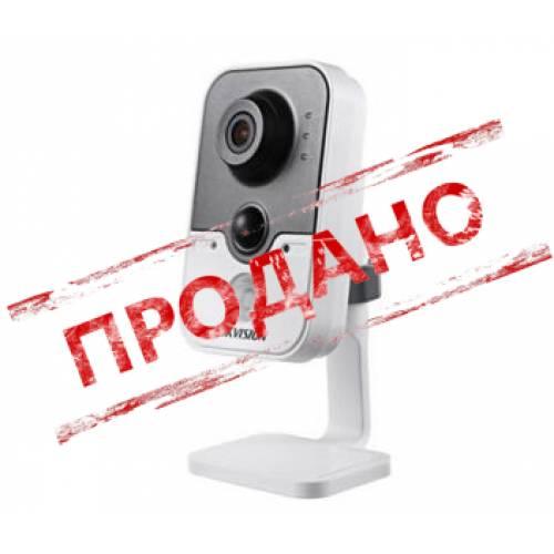 DS-2CD2410F-IW (2.8 мм) IP видеокамера Hikvision